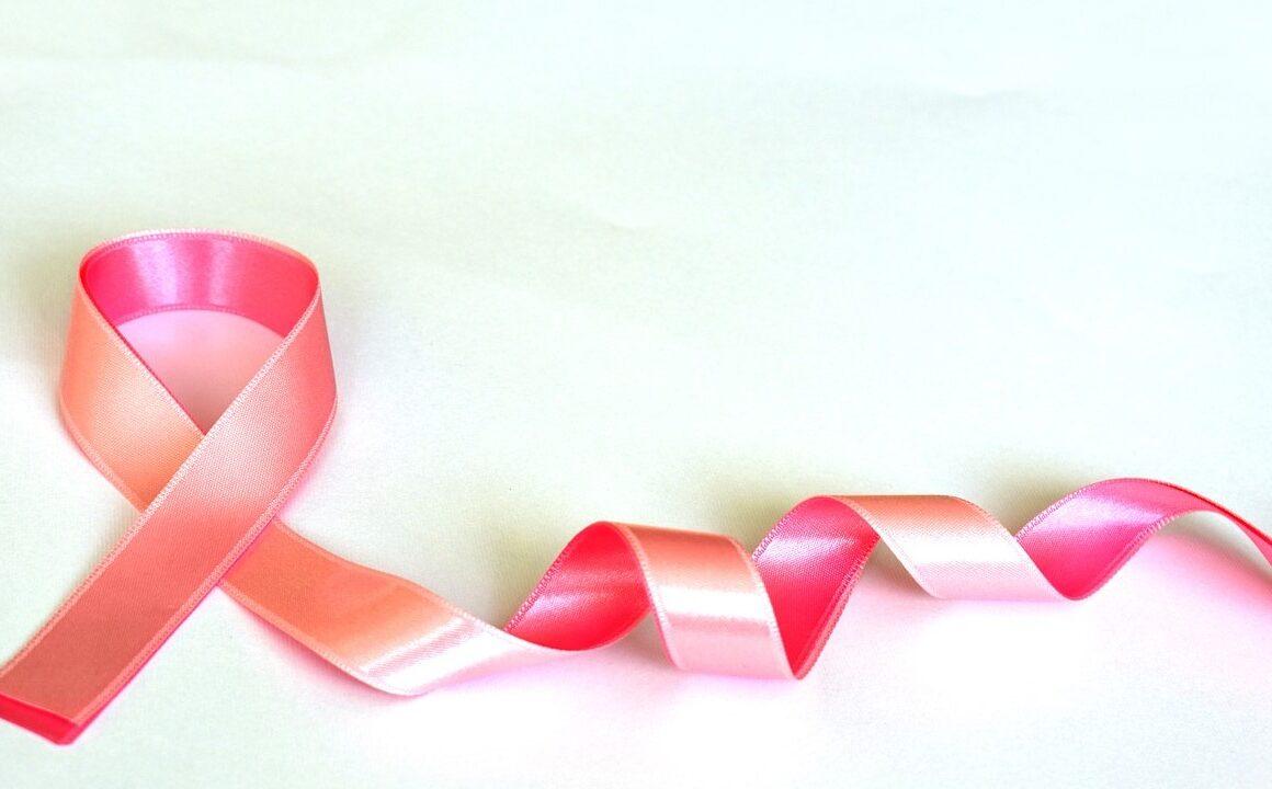 Tumore del seno, ancora troppi ritardi nel reperire i test genomici